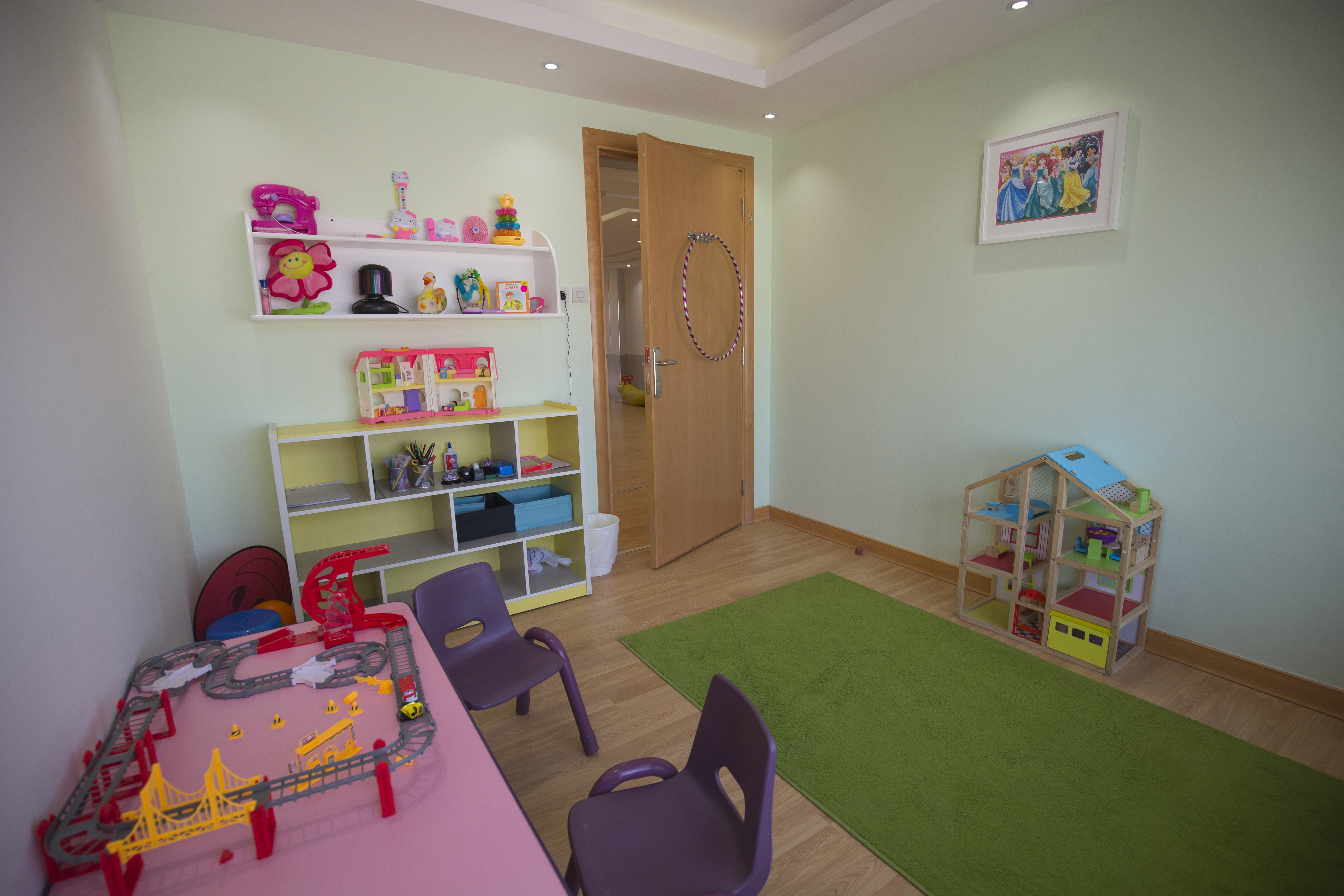 autism-partnership-kuwait-office-therapy-room-1